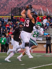 Southern Utah tight end Logan Parker (19) catches a