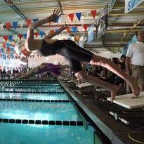 Eastwood boys, Franklin girls dominate in pool