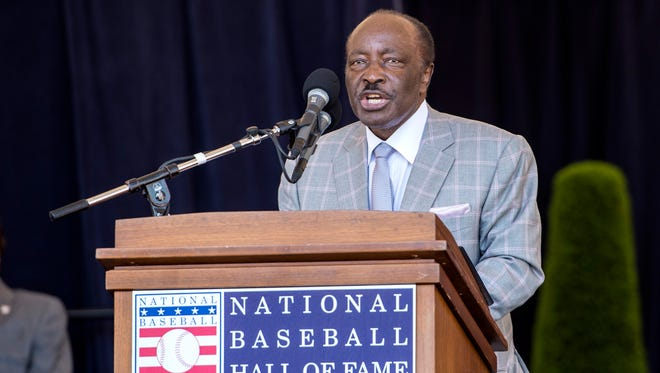 Joe Morgan speaks at the Baseball Hall of Fame ceremony in 2017.