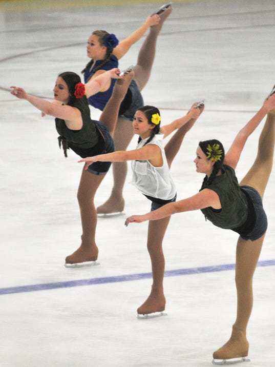 -Figure Skating Recital 1.jpg_20130825.jpg