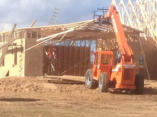 Rafters collapse on workers
