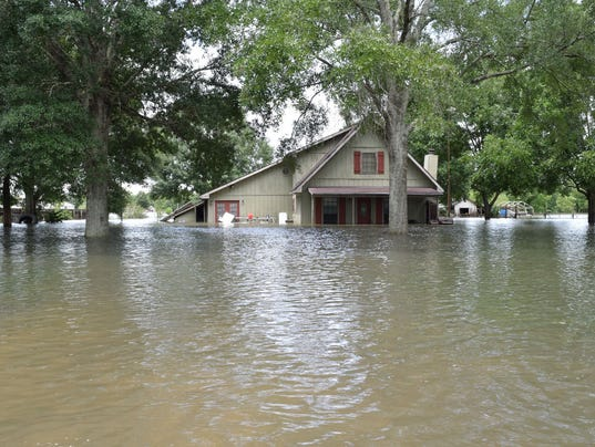 636068694648496437-Flooding-in-the-Lafayette-area-Sunday-2.JPG