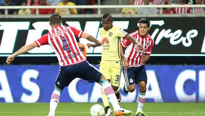 Con 30 futbolistas como embajadores, Colombia se apuntó como el segundo país más representado en el fútbol mexicano detrás de Argentina que ha dominado en la liga y presentará a 61 jugadores en el torneo Apertura 2016. Chivas de Guadalajara, es el único equipo que sólo juega con mexicanos.