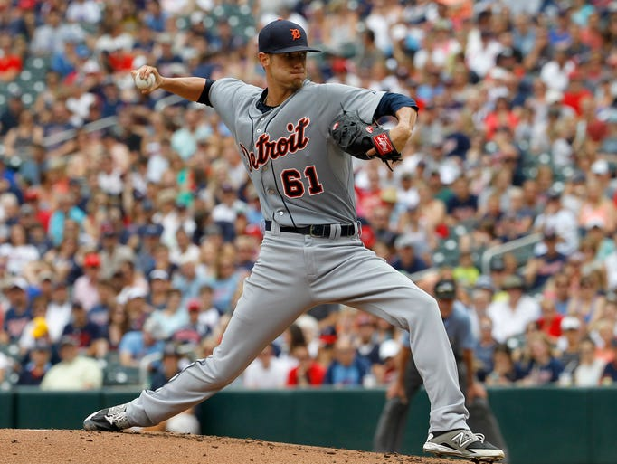 Detroit Tigers starting pitcher Shane Greene delivers
