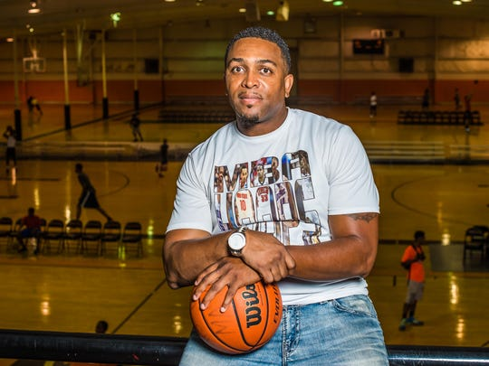MBA Hoops head coach Omhar Carter.