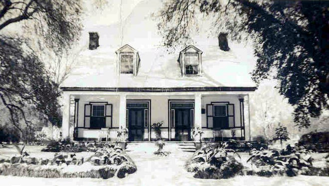 Old Ray Homestead taken during the snow of 1940.
