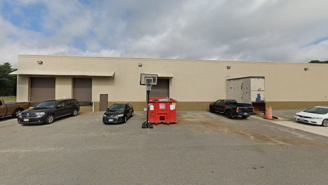 Amazon hopes to open a distribution warehouse at 100 Industrial Park Drive in Hingham. Image from Google Street View.