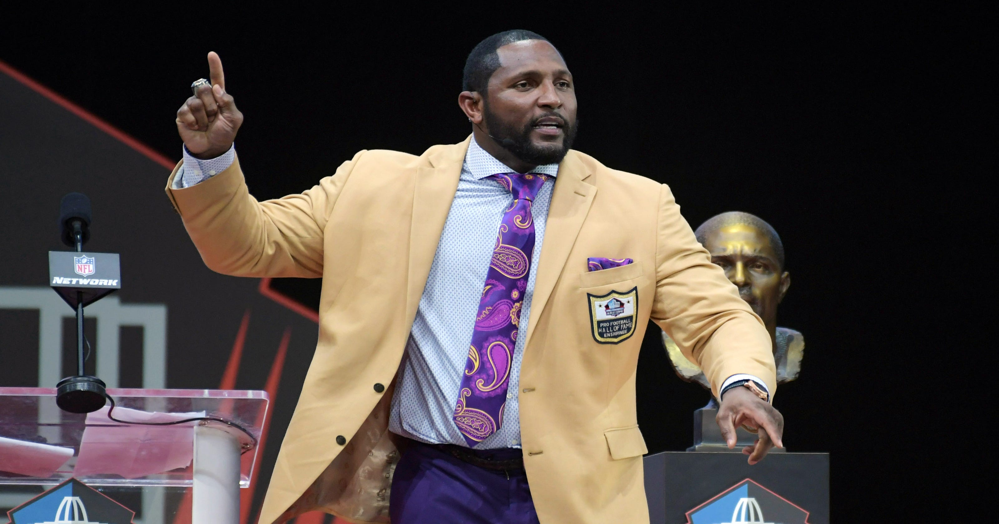 Ray Lewis  Pro Football Hall of Fame speech includes preaching 911ec80fd