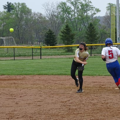 Claire Warschauer converts a double play in the fourth