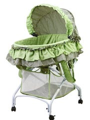 The wire frame for the 2-in-1 Bassinet to Cradle can fall, dropping fabric over the baby.