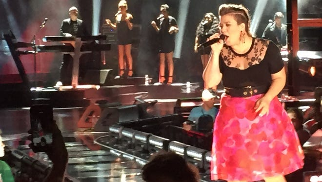 Kelly Clarkson performed Tuesday at Riverbend Music Center in Cincinnati.