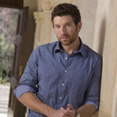 Brett Eldredge, Country Music Association's 2014 New Artist of the Year, will perform at the University of Wisconsin-Stevens Point this fall.