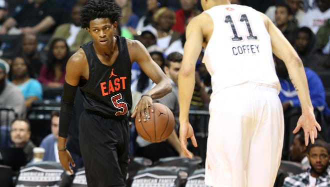 The East team's De'Aaron Fox #5 in action against the West team during a high school basketball game in the Jordan Brand Classic on Friday, April 15, 2016 in Brooklyn, NY.  (AP Photo/Gregory Payan)