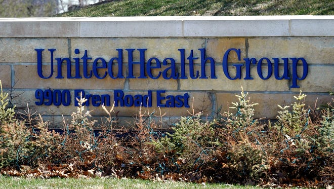 UnitedHealth Group is pulling out of some affordable care act exchanges but boosts revenues in the first quarter