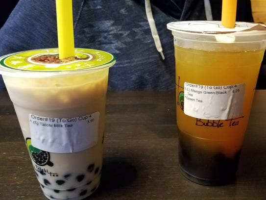 Like the main meals, the bubble tea also offers many choices of ingredients.