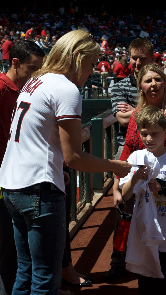 Jennie Finch greeted fans at Softball Day at Chase