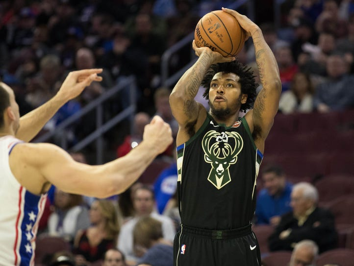 Milwaukee Bucks guard Sterling Brown (23) shoots against