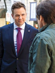 """Joel McHale joins the cast of """"The X-Files"""" events"""