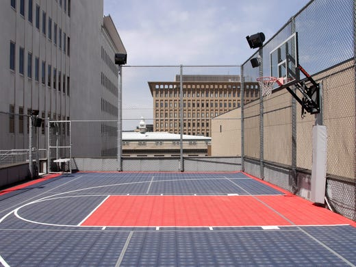 One hoopfest team practices sky high for Average basketball court size