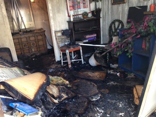 2 alarm fire destroys houston furniture bank for Affordable furniture gulf fwy