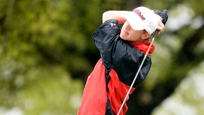Keenan Huskey won the Hootie Invitational by six strokes as the University of South Carolina cruised to a 15-stroke victory.