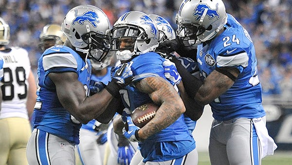 Glover Quin, center, established himself as one of the NFL's top free safeties last season.