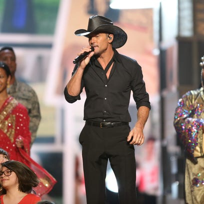 Tim McGraw will perform May 4 at Brewsky's to help