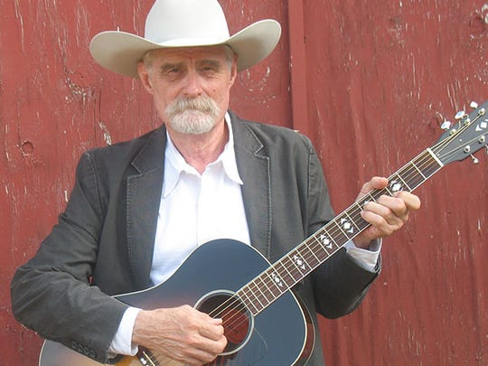 Singer Allan Chapman will perform in Deming on Thursday