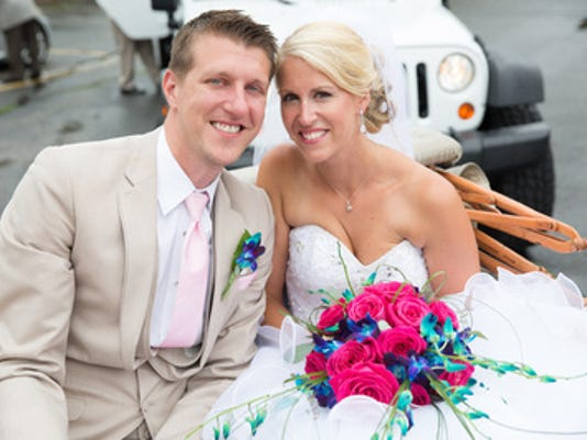 Weddings: Melissa Hartwell & Nick Dzioba