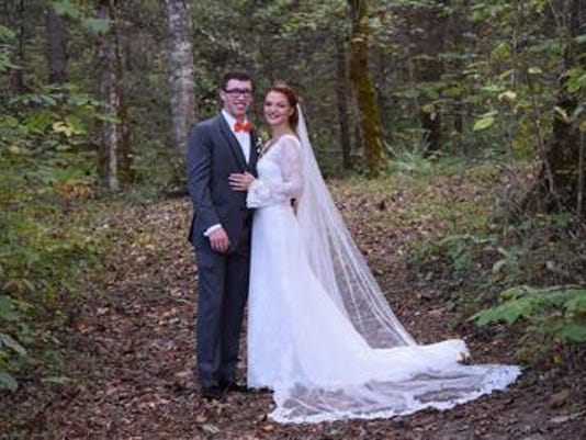 Weddings: Lindsay Horeth & Trenton Elsten