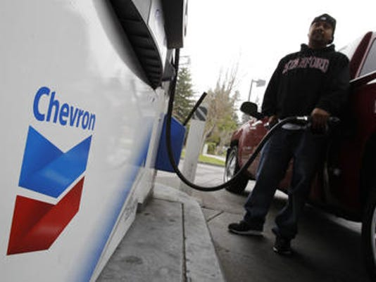 -PNI chevron earns 0502.jpg_20140502.jpg