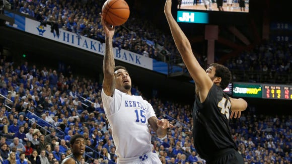 Kentucky Wildcats forward Willie Cauley-Stein shoots