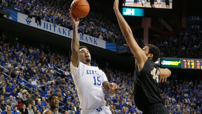 Kentucky Wildcats forward Willie Cauley-Stein shoots the ball against Missouri Tigers forward Ryan Rosburg on Jan. 13.