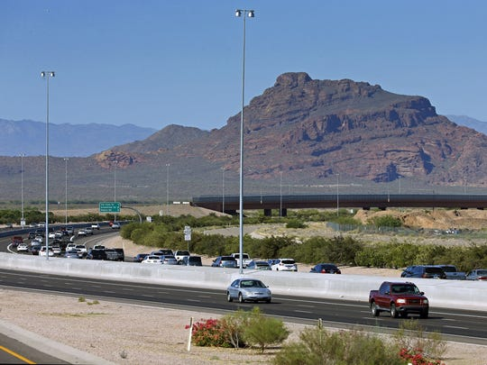 A stretch of the peaceful, easy, safe Loop 202 (near