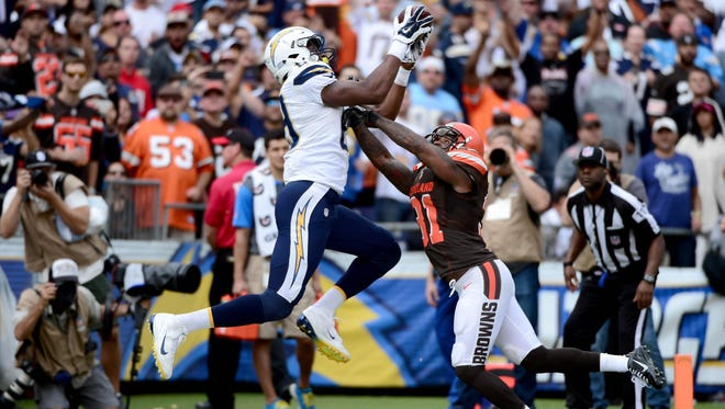 Ladarius Green (89) of the San Diego Chargers catches a touchdown pass over Donte Whitner (31) of the Cleveland Browns during an NFL Game on Oct. 4, 2015 in San Diego, Calif.