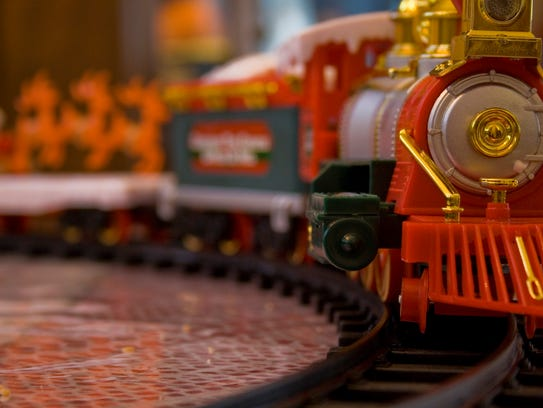 See toy trains Saturday.