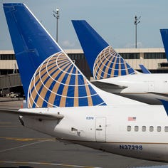 United Airlines to add fees for economy seats near front of the plane