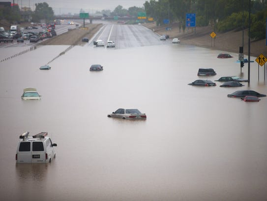 Abandoned vehicles on Interstate 10 at 43rd Avenue