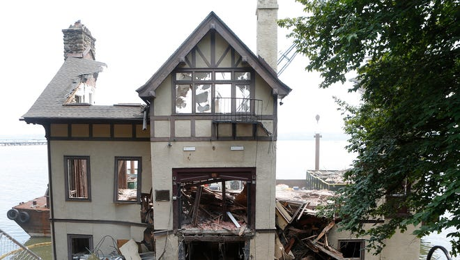 Demolition of Village Hall in Grand View-on-Hudson continues on Wednesday, July 06, 2016.