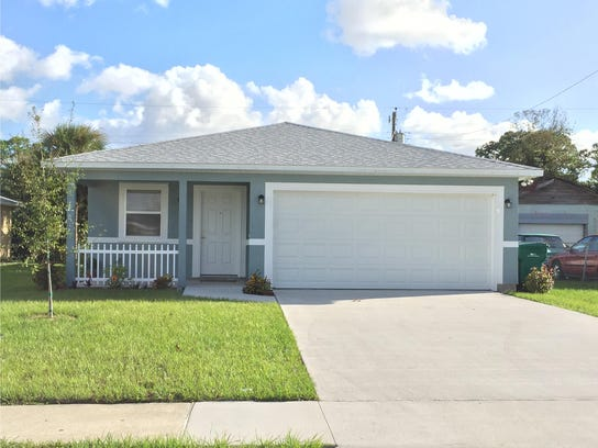 Habitat for humanity builds home hope in cocoa - House habitat ...
