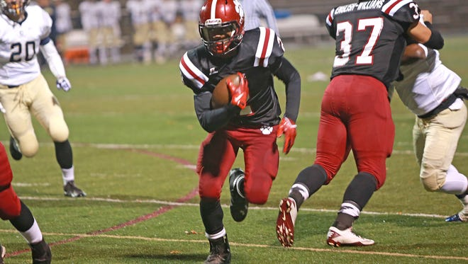 Cameron Ray and Asheville High are No. 7 in the NCPreps.com preseason poll for NCHSAA 3-A football.