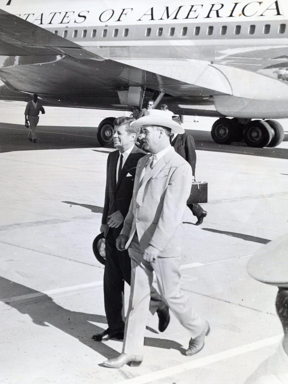 Mayor Frank Bogert greets Pres. John F. Kennedy at