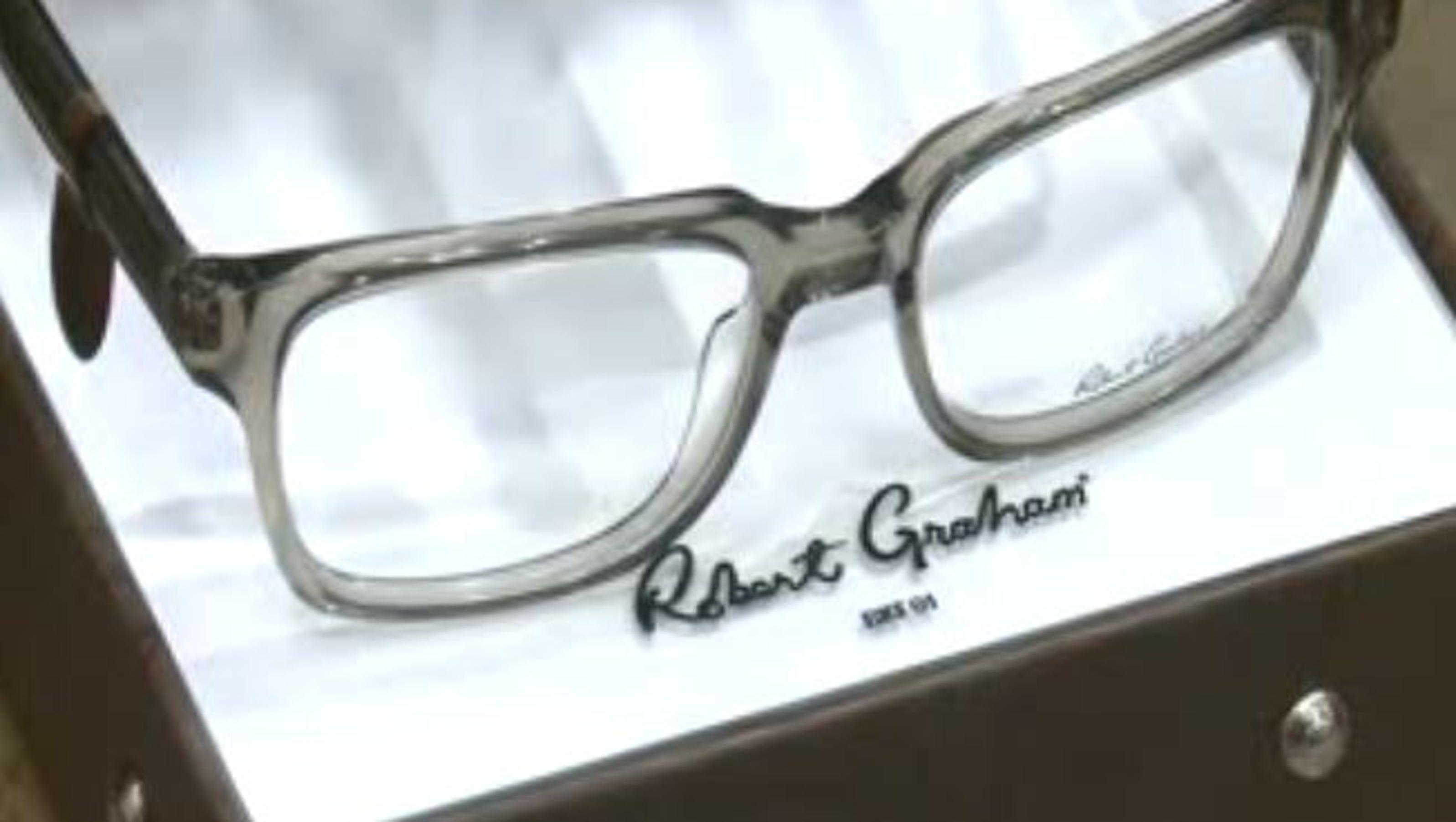 Eyeglass Frames Target : Robberies target designer glasses