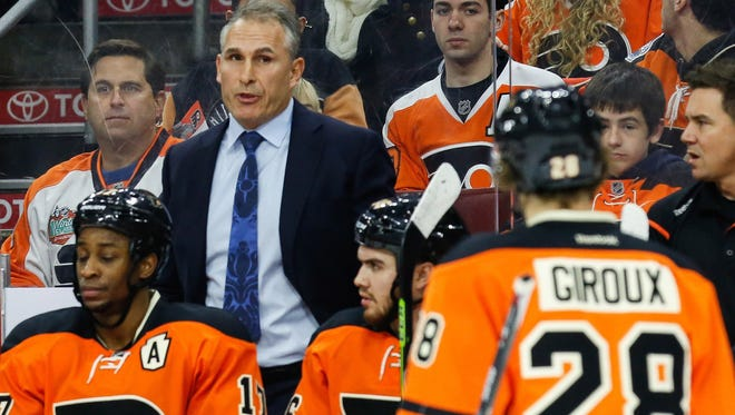 Coach Craig Berube and the Flyers have one win in their last nine games.