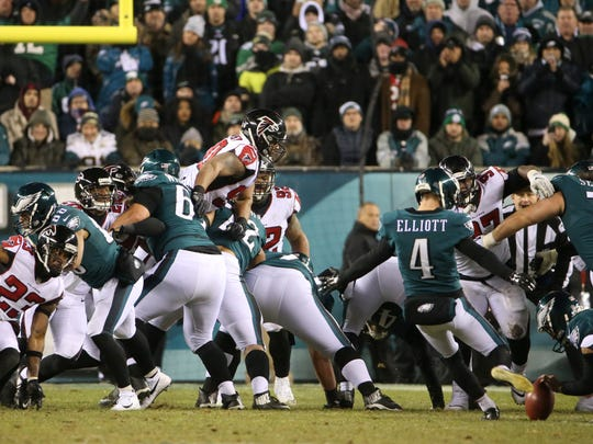 Eagles kicker Jake Elliott puts Philadelphia ahead, 12-10, in the third quarter of the Eagles' 15-10 win in the NFC divisional playoff at Lincoln Financial Field.