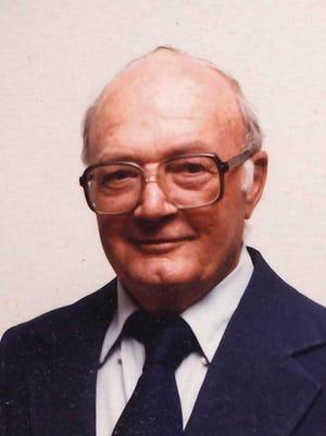 Dewey Edgar Briscoe
