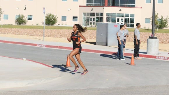 El Paso High's  Miyah Ray-Morales finished fifth at
