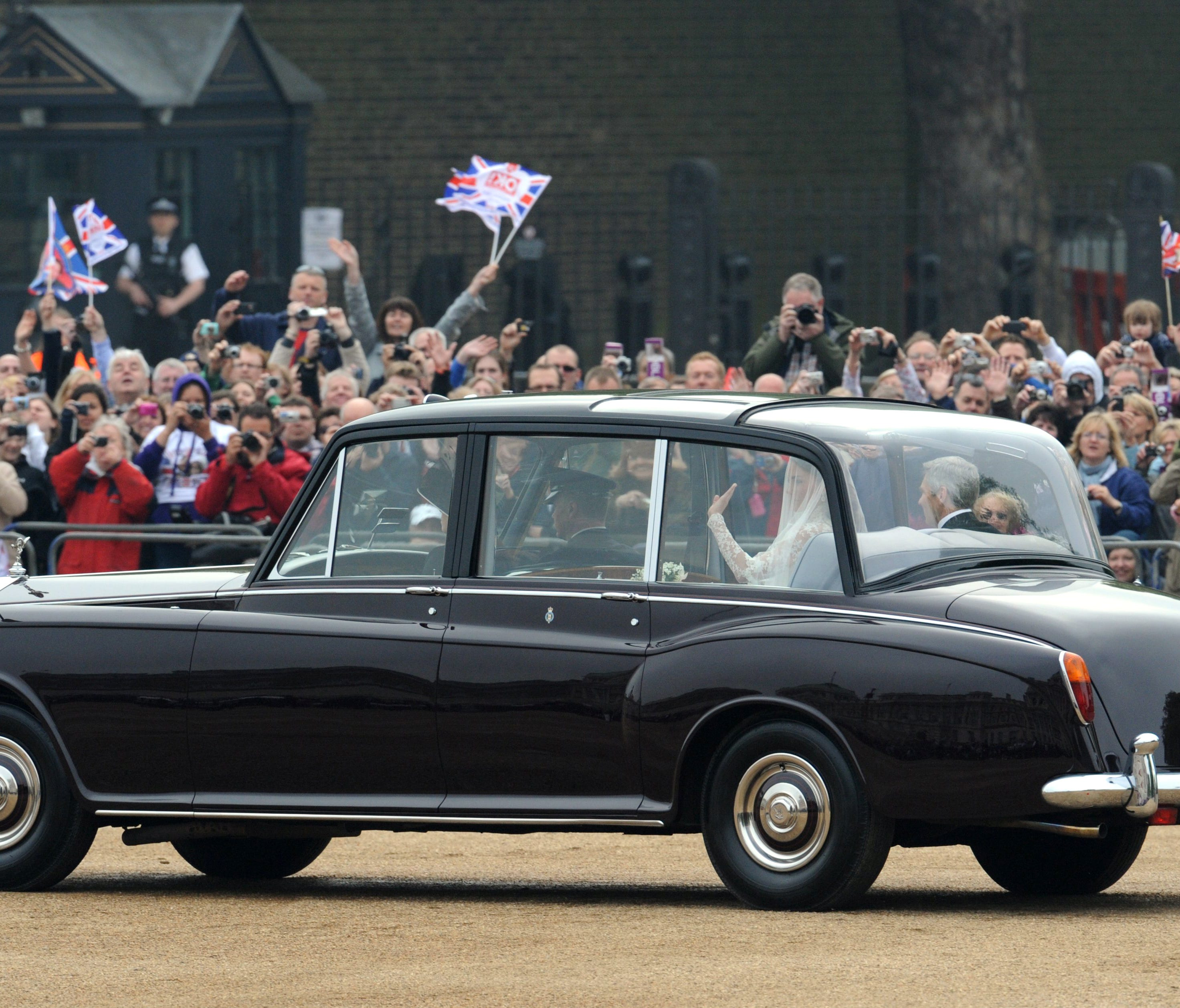 Duchess Kate rode to her 2011 wedding  in a burgundy Rolls Royce Phantom VI. Will Meghan arrive for her wedding to Prince Harry in the same car?