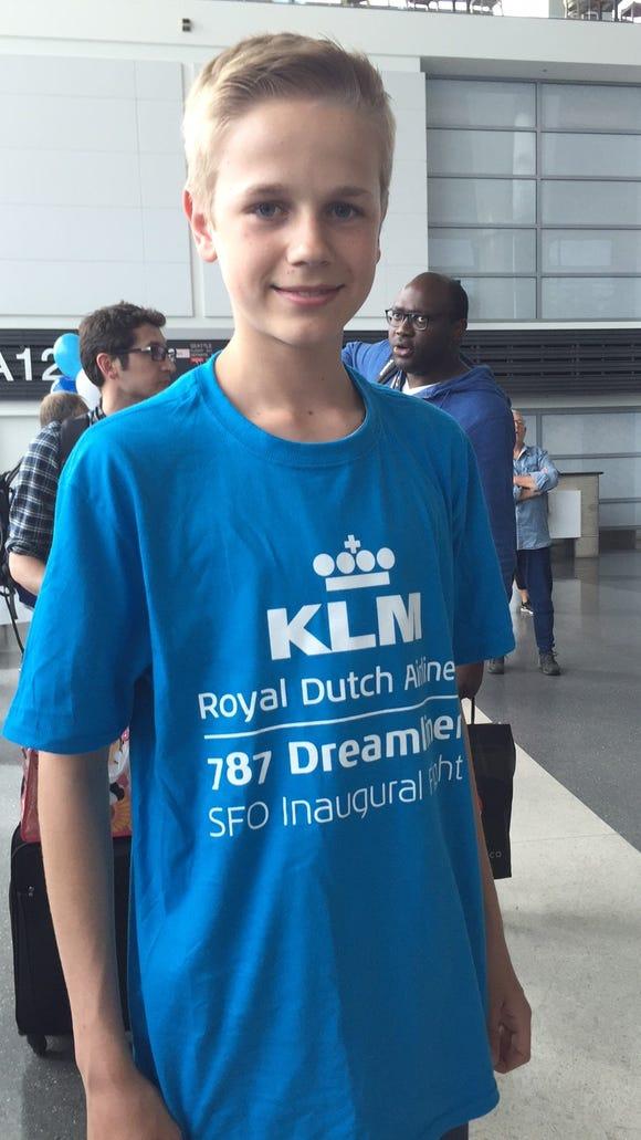 Max van Doorn wears a commemorative T-shirt that fliers