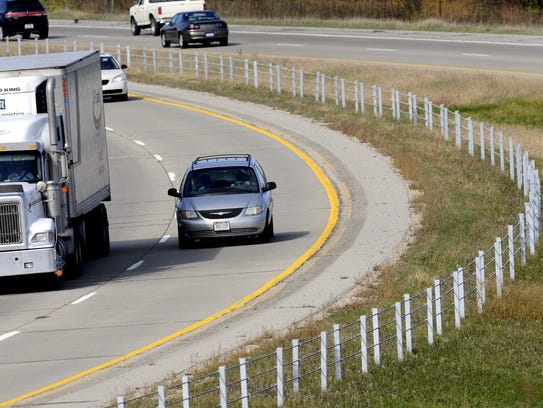 Cable barrier visible on I-96 near Portland are similar